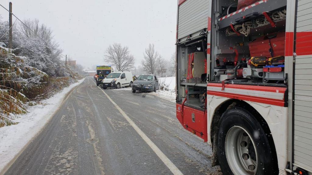 Incidente ad Altavilla: automobilista in ospedale