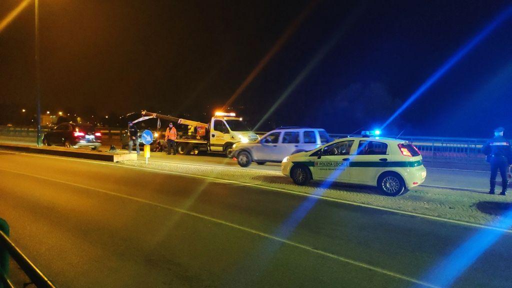 Incidente sul ponte del Po a Casale