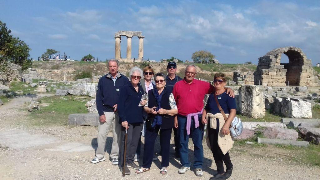 Croceristi ad Atene e Corinto