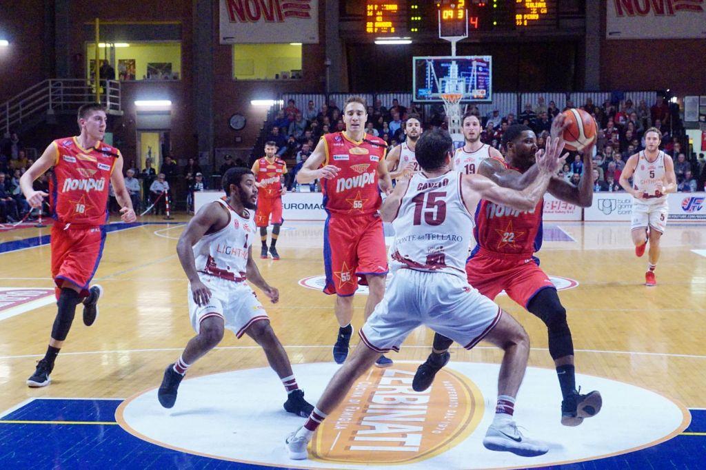 La capolista Novipiù cade a Trapani: 88-74
