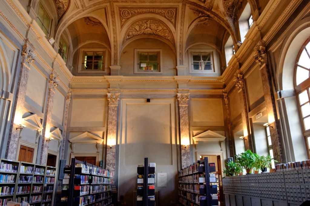 Riprendono le visite guidate della Biblioteca Civica